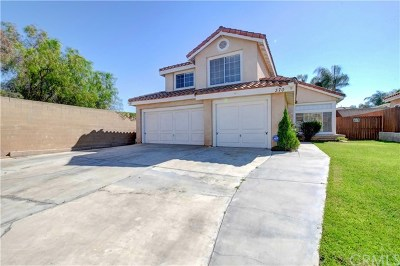 Corona Single Family Home For Sale: 370 Hendricks Circle