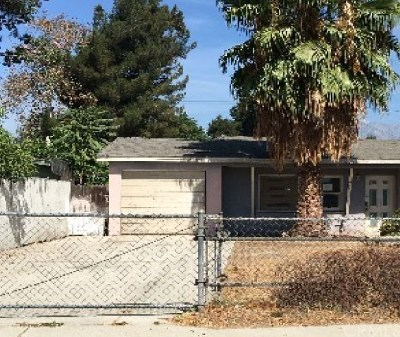 Ontario CA Single Family Home For Auction: $287,000