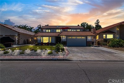 Canyon Lake Single Family Home Active Under Contract: 23539 Continental Drive