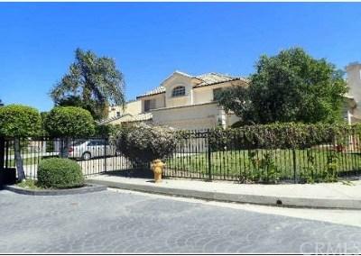 Northridge CA Single Family Home For Sale: $975,200
