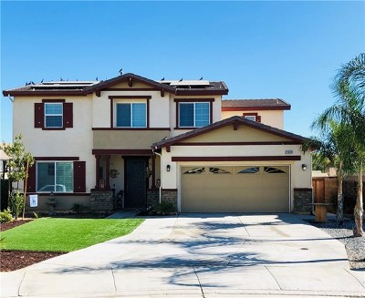 Menifee Single Family Home For Sale: 25608 Solell Circle