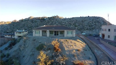 Yucca Valley Single Family Home For Sale: 57474 Airway Avenue