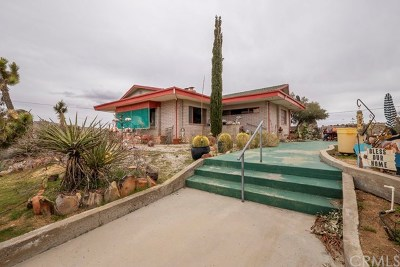 Yucca Valley Single Family Home For Sale: 55674 Highland Trail