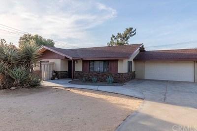 Yucca Valley Single Family Home For Sale: 58350 Bonanza Drive