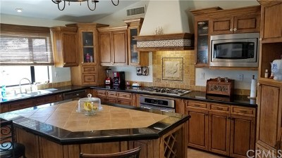 Yucca Valley Single Family Home For Sale: 7651 Joshua Lane