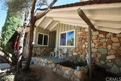 Yucca Valley Single Family Home For Sale: 7515 Deer