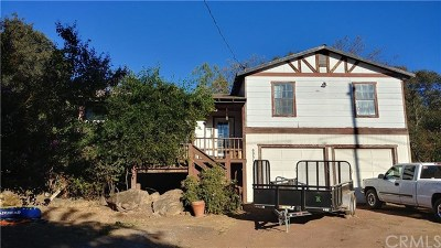 Clearlake Single Family Home Active Under Contract: 6951 Meadowbrook Drive