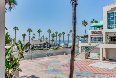 Huntington Beach Condo/Townhouse For Sale: 200 Pacific Coast Highway #M29