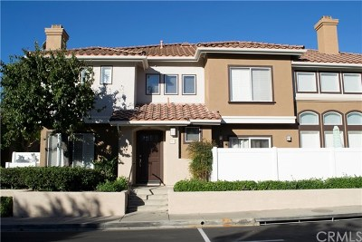 Mission Viejo Condo/Townhouse For Sale: 172 Valley View Terrace