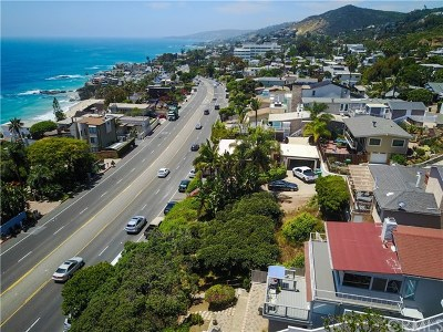 Laguna Beach Multi Family Home For Sale: 32082 Coast