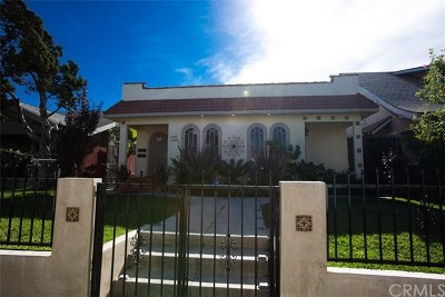 Los Angeles Multi Family Home For Sale: 1220 W 51st Place