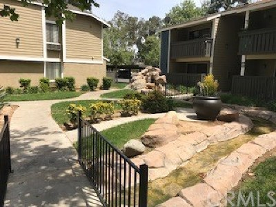 Riverside, Temecula Condo/Townhouse Active Under Contract: 3535 Banbury Drive #134
