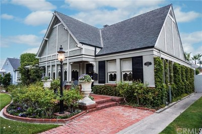 Santa Ana Single Family Home For Sale: 2411 N. Park Boulevard
