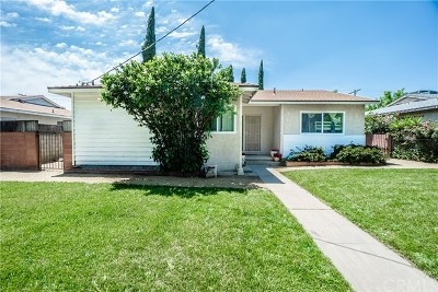 Granada Hills Single Family Home For Sale: 10807 Woodley Avenue