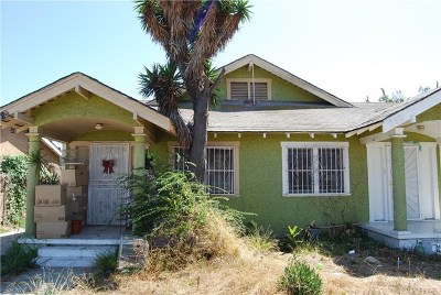 Los Angeles Multi Family Home For Sale: 842 W 65th Street