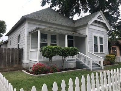 Merced Single Family Home For Sale: 420 W 22nd Street