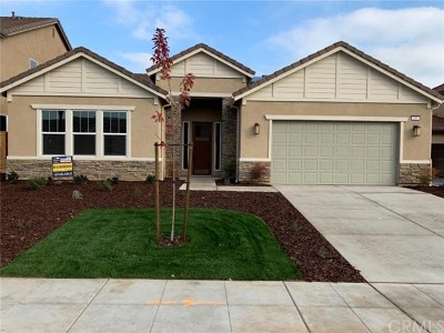 Madera Single Family Home For Sale: 695 Blossom Way