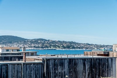Monterey Condo/Townhouse For Sale: 125 Surf Way #334