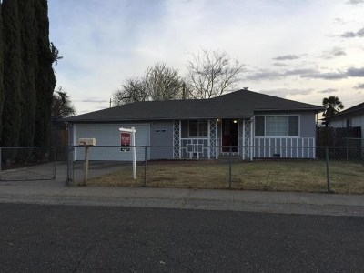 North Highlands Single Family Home For Sale: 5852 Elmo Drive