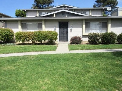 Salinas Condo/Townhouse For Sale: 1827 Cherokee Drive #1