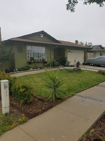 Salinas Single Family Home For Sale: 13504 Pierce Street