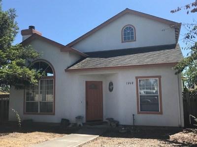 Salinas Single Family Home For Sale: 1068 Kensington Way
