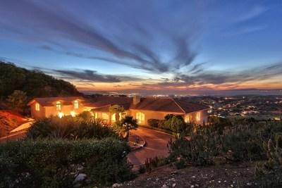 Monterey Single Family Home For Sale: 25548 Paseo De Cumbre