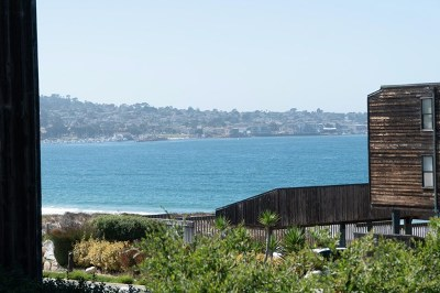 Monterey Condo/Townhouse For Sale: 125 Surf Way #310