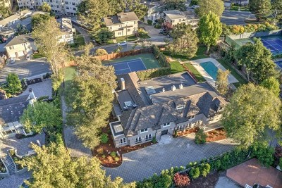 Hillsborough Single Family Home For Sale: 105 Baywood Avenue