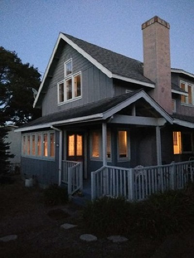 Pacific Grove Single Family Home For Sale: 405 19th Street