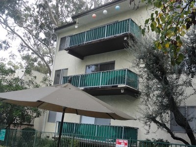 Encino Condo/Townhouse For Sale: 5460 White Oak Avenue #K207
