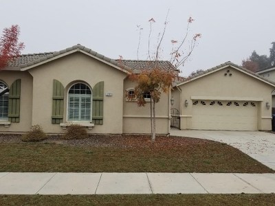 Visalia Single Family Home For Sale: 3200 Ceres Court