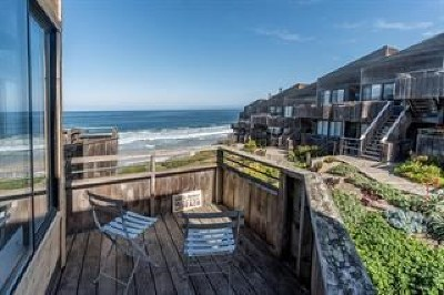 Monterey Condo/Townhouse For Sale: 1 Surf Way #225