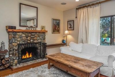 Salinas Condo/Townhouse For Sale: 23799 Monterey Salinas Highway #21