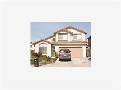 Salinas Single Family Home For Sale: 1459 Cougar Drive