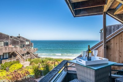 Monterey Condo/Townhouse For Sale: 1 Surf Way #136
