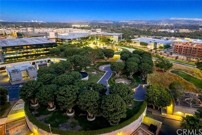 Irvine CA Condo/Townhouse For Sale: $1,250,000