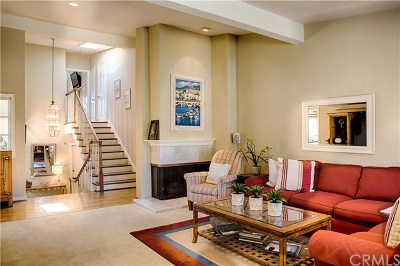 Newport Beach Condo/Townhouse For Sale: 2907 Perla