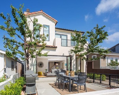 Corona del Mar Condo/Townhouse For Sale: 613 Larkspur Avenue
