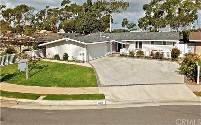 Costa Mesa Single Family Home For Sale: 206 Hanover Drive