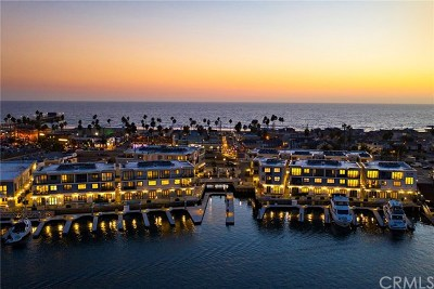 Newport Beach, Newport Coast, Corona Del Mar Condo/Townhouse For Sale: 2280 Newport Boulevard #4