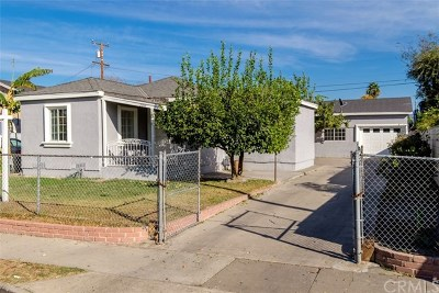 Santa Ana Single Family Home For Sale: 2051 Hickory Street