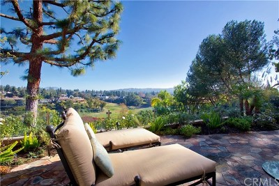 Newport Beach Single Family Home For Sale: 2 Rue Saint Cloud