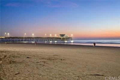 Newport Beach Multi Family Home For Sale: 2214 W Oceanfront