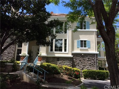 Condo/Townhouse For Sale: 59 Chandon