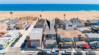 Newport Beach Multi Family Home For Sale: 217 E Balboa Boulevard