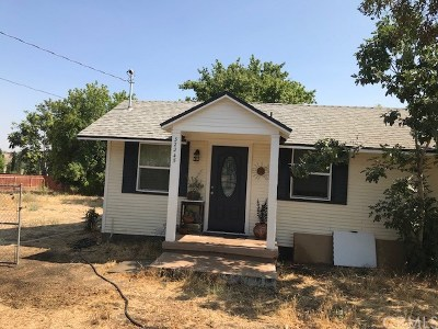 Yucaipa Single Family Home For Sale: 32245 Kentucky Street