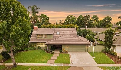 Costa Mesa Single Family Home For Sale: 2890 Club House Road