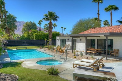 Palm Springs Single Family Home For Sale: 1133 E Via Escuela