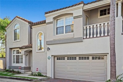 Newport Beach Condo/Townhouse For Sale: 2421 E 16th Street #6